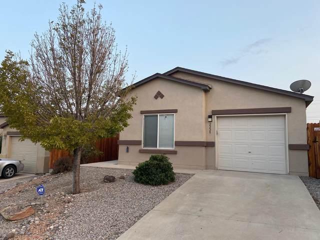 2229 Sagecrest Loop NE, Rio Rancho, NM 87144 (MLS #977287) :: Berkshire Hathaway HomeServices Santa Fe Real Estate