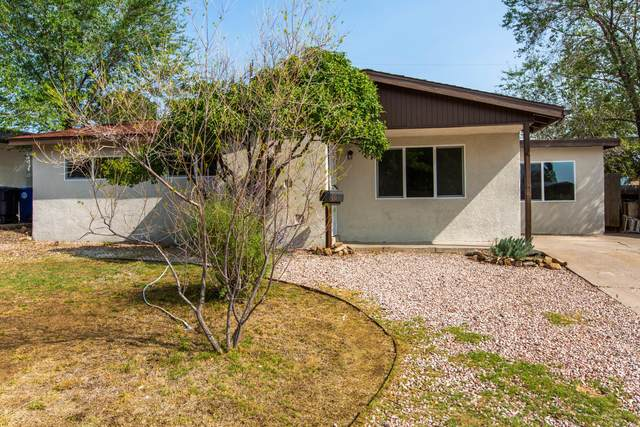 1104 Maxine Street NE, Albuquerque, NM 87112 (MLS #977340) :: Berkshire Hathaway HomeServices Santa Fe Real Estate