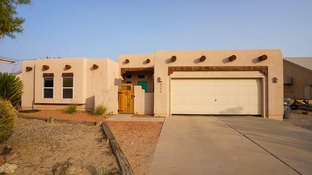 2154 Monterrey Road NE, Rio Rancho, NM 87144 (MLS #977351) :: Berkshire Hathaway HomeServices Santa Fe Real Estate