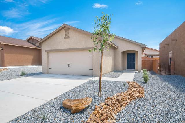 10056 Sacate Blanco Avenue SW, Albuquerque, NM 87121 (MLS #977366) :: Berkshire Hathaway HomeServices Santa Fe Real Estate