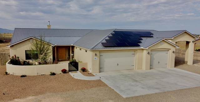 21 Halfmoon Road, Edgewood, NM 87015 (MLS #977398) :: Campbell & Campbell Real Estate Services