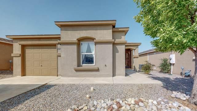 2208 Sagecrest Loop NE, Rio Rancho, NM 87144 (MLS #977416) :: Sandi Pressley Team