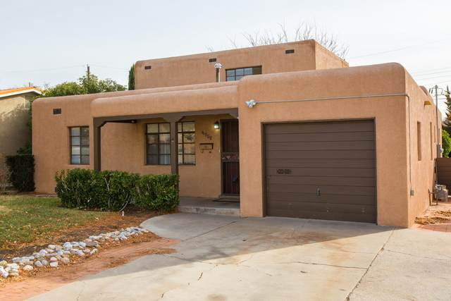4908 Burton Avenue SE, Albuquerque, NM 87108 (MLS #977567) :: Berkshire Hathaway HomeServices Santa Fe Real Estate