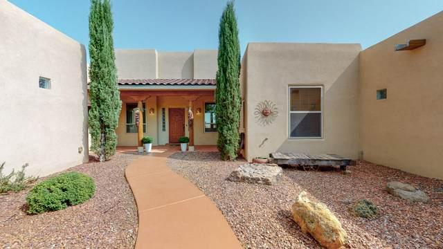 1308 44th Street NE, Rio Rancho, NM 87144 (MLS #977607) :: HergGroup Albuquerque