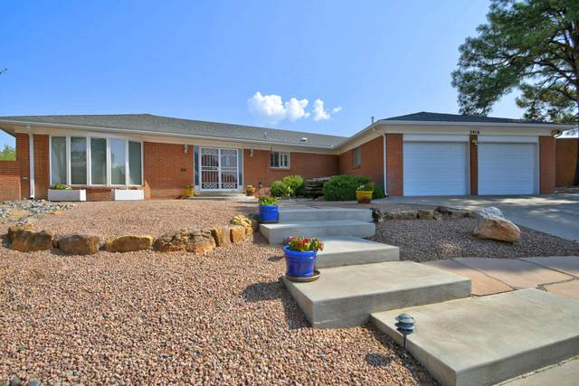 3416 La Sala Del Este NE, Albuquerque, NM 87111 (MLS #977626) :: Berkshire Hathaway HomeServices Santa Fe Real Estate