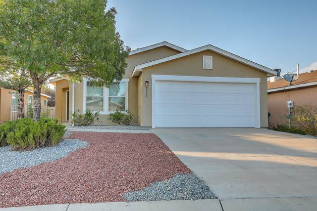 3745 Rancher Loop NE, Rio Rancho, NM 87144 (MLS #977661) :: HergGroup Albuquerque