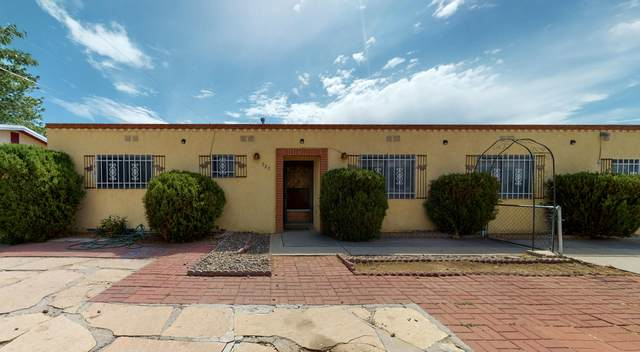 520 Burma Drive NE, Albuquerque, NM 87123 (MLS #977666) :: Berkshire Hathaway HomeServices Santa Fe Real Estate