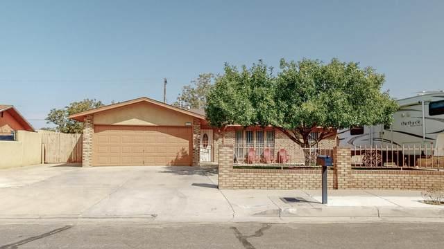5927 Rio Vista Drive SW, Albuquerque, NM 87121 (MLS #977675) :: HergGroup Albuquerque