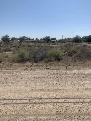 7600 Central Avenue SW, Albuquerque, NM 87121 (MLS #977770) :: The Bigelow Team / Red Fox Realty