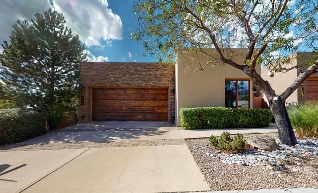 6351 Cliffbrush Lane NE, Albuquerque, NM 87111 (MLS #977827) :: The Bigelow Team / Red Fox Realty