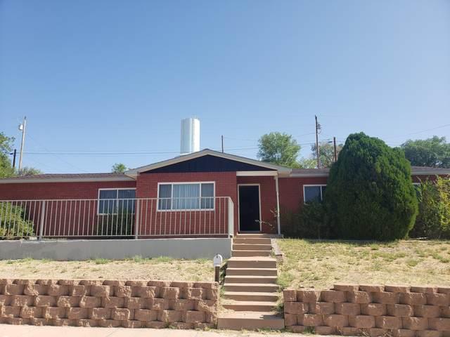 224 S 6th Street, Santa Rosa, NM 88435 (MLS #978145) :: The Bigelow Team / Red Fox Realty