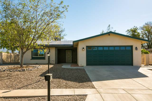 8812 Desert Willow Court NE, Albuquerque, NM 87113 (MLS #978423) :: The Bigelow Team / Red Fox Realty