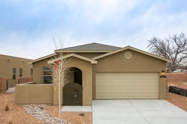 1620 Garden Way SW, Albuquerque, NM 87105 (MLS #978764) :: The Bigelow Team / Red Fox Realty