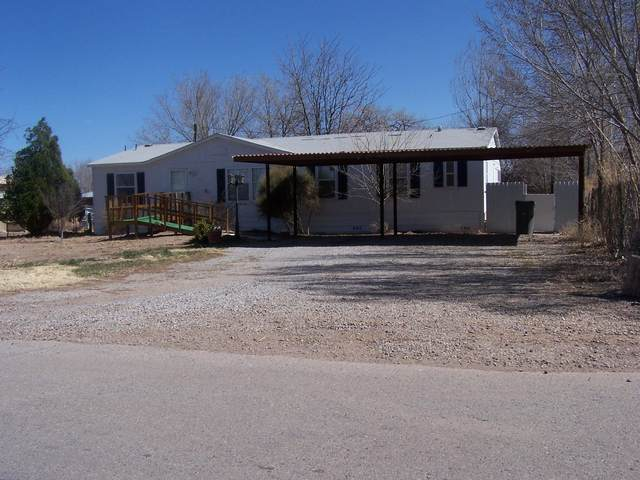 2810 Parklane Drive, Bosque Farms, NM 87068 (MLS #978775) :: Berkshire Hathaway HomeServices Santa Fe Real Estate