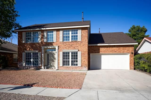 8005 Creekwood Avenue NW, Albuquerque, NM 87110 (MLS #978964) :: Berkshire Hathaway HomeServices Santa Fe Real Estate