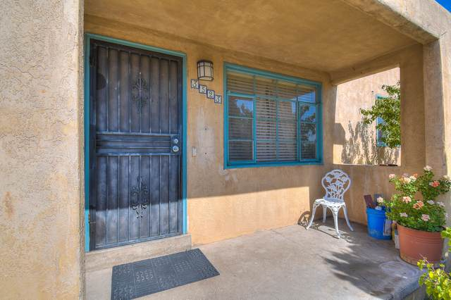 3523 Eastern Avenue SE, Albuquerque, NM 87106 (MLS #978983) :: The Bigelow Team / Red Fox Realty