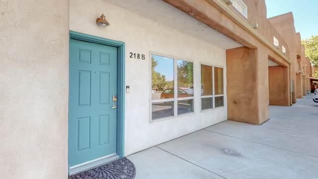 218 Cynthia Loop NW B, Albuquerque, NM 87114 (MLS #979341) :: The Bigelow Team / Red Fox Realty
