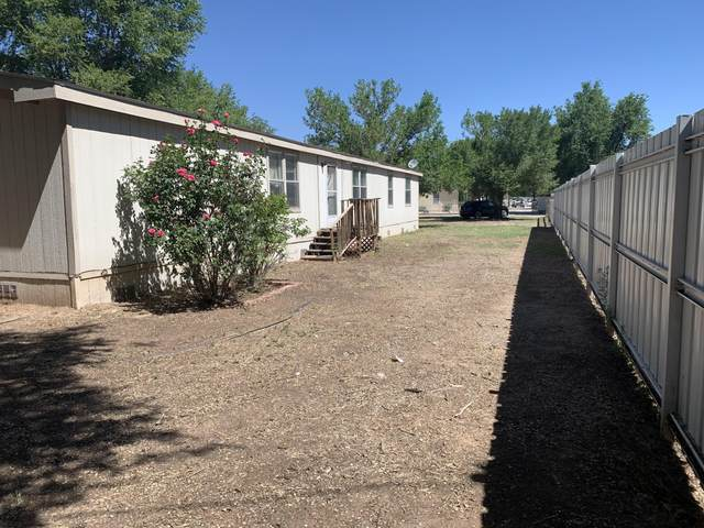 2438 Cristo Rey Court SW, Albuquerque, NM 87105 (MLS #979370) :: Campbell & Campbell Real Estate Services