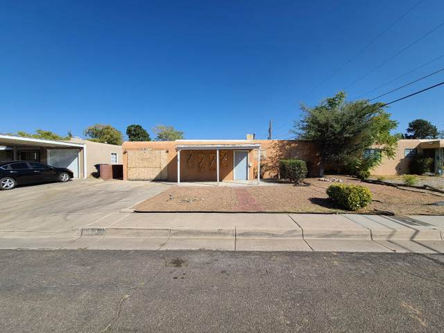 2334 Valencia Drive NE, Albuquerque, NM 87110 (MLS #979461) :: The Bigelow Team / Red Fox Realty