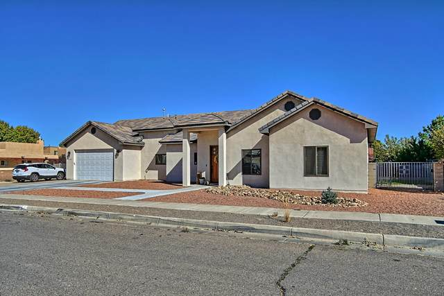 6308 Crystal Avenue NW, Albuquerque, NM 87120 (MLS #979521) :: The Bigelow Team / Red Fox Realty