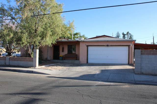 2645 Truman Street NE, Albuquerque, NM 87110 (MLS #979585) :: The Bigelow Team / Red Fox Realty