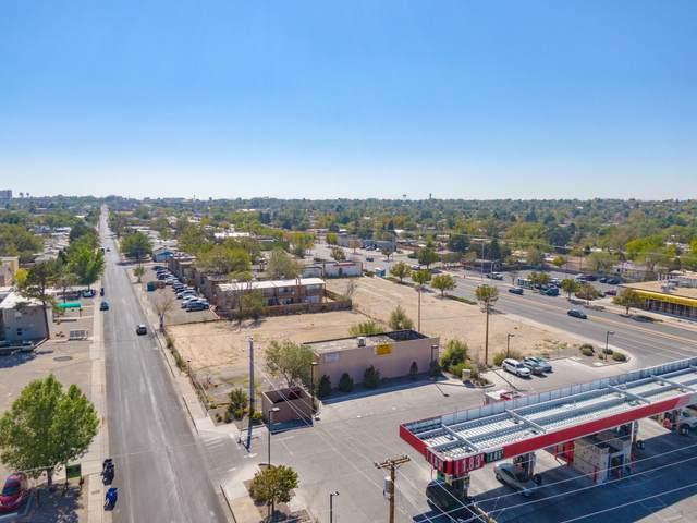 513 Ortiz Drive SE, Albuquerque, NM 87108 (MLS #979670) :: The Bigelow Team / Red Fox Realty