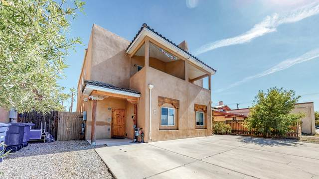 720 11TH Street NW, Albuquerque, NM 87102 (MLS #979676) :: The Buchman Group