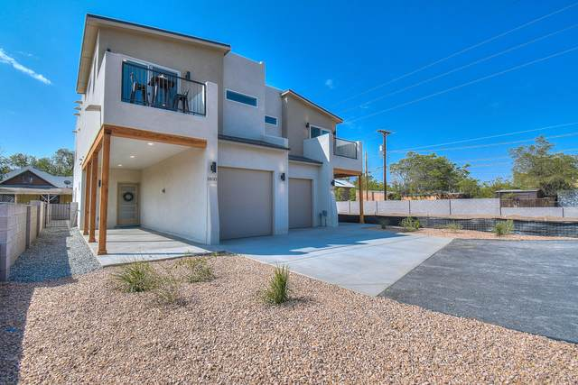 1400 Mountain Road NW, Albuquerque, NM 87104 (MLS #979692) :: The Buchman Group
