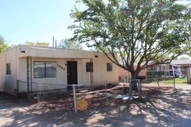 1420 Gallegos Road SW, Albuquerque, NM 87105 (MLS #979720) :: Campbell & Campbell Real Estate Services