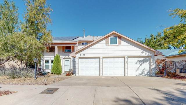 6121 Flor De Mayo Place NW, Albuquerque, NM 87120 (MLS #979807) :: The Bigelow Team / Red Fox Realty