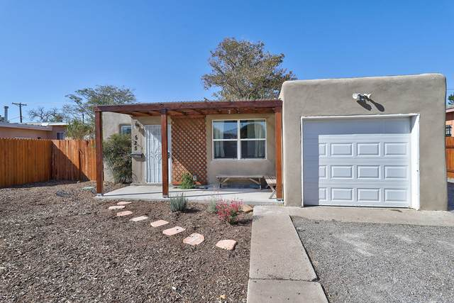 525 California Street SE, Albuquerque, NM 87108 (MLS #979841) :: The Bigelow Team / Red Fox Realty