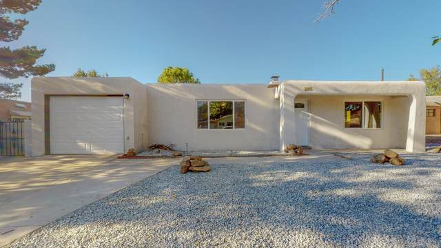 10905 Cordova Avenue NE, Albuquerque, NM 87112 (MLS #979858) :: Campbell & Campbell Real Estate Services