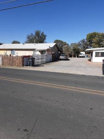1237 Gabaldon Road, Belen, NM 87002 (MLS #979889) :: The Buchman Group