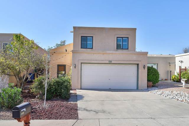4921 Edwards Drive NE, Albuquerque, NM 87111 (MLS #979977) :: Campbell & Campbell Real Estate Services