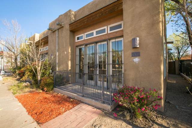 915 Copper Avenue NW, Albuquerque, NM 87102 (MLS #979984) :: Campbell & Campbell Real Estate Services
