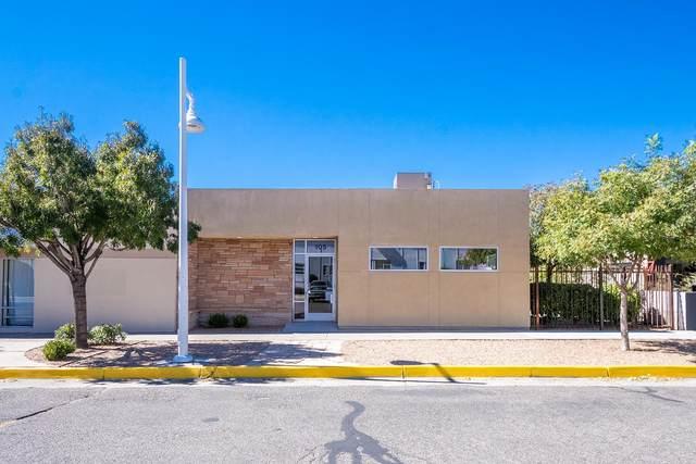105 Bryn Mawr Drive SE, Albuquerque, NM 87106 (MLS #980026) :: The Buchman Group