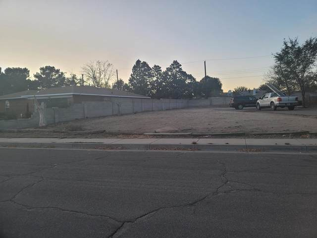 4143 Chama Street NE, Albuquerque, NM 87109 (MLS #980279) :: The Buchman Group
