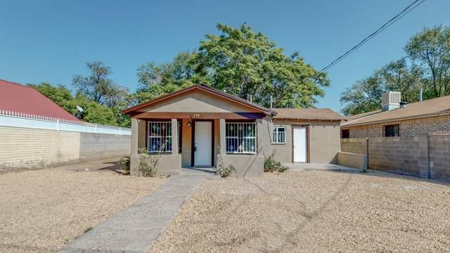 174 La Vega Road SW, Albuquerque, NM 87105 (MLS #980379) :: Campbell & Campbell Real Estate Services