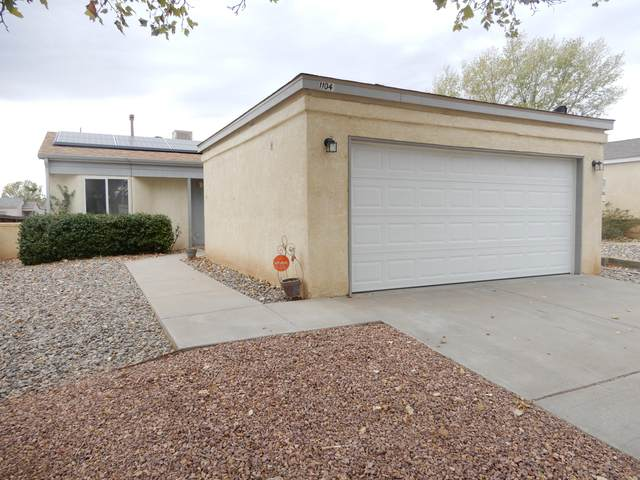1104 Sand Dune Road NE, Rio Rancho, NM 87144 (MLS #980559) :: Berkshire Hathaway HomeServices Santa Fe Real Estate
