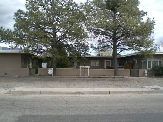 110 Charleston Street SE, Albuquerque, NM 87108 (MLS #980708) :: Campbell & Campbell Real Estate Services