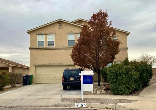1601 Veridian Drive SE, Rio Rancho, NM 87124 (MLS #980766) :: Sandi Pressley Team