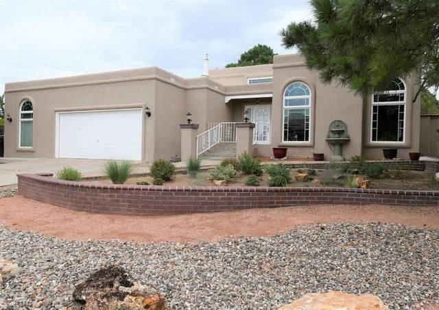 1704 Ranch Trail SE, Albuquerque, NM 87123 (MLS #980815) :: Keller Williams Realty