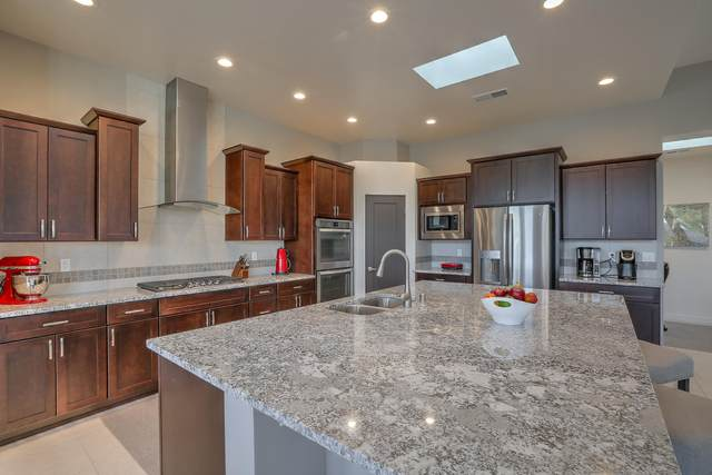 9205 Desert Ridge Pointe Court NE, Albuquerque, NM 87122 (MLS #981067) :: Berkshire Hathaway HomeServices Santa Fe Real Estate