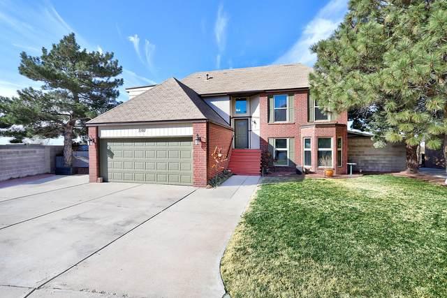 1107 Granada Hills Court NE, Albuquerque, NM 87123 (MLS #981097) :: Berkshire Hathaway HomeServices Santa Fe Real Estate