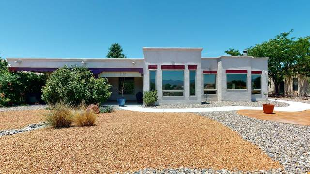 400 Nicklaus Drive SE, Rio Rancho, NM 87124 (MLS #981221) :: The Bigelow Team / Red Fox Realty