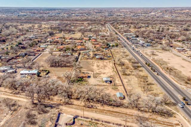 9624 Thomas Lane NW, Albuquerque, NM 87114 (MLS #981388) :: Campbell & Campbell Real Estate Services