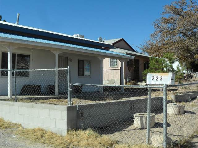 223 61ST Street SW, Albuquerque, NM 87121 (MLS #981453) :: The Bigelow Team / Red Fox Realty