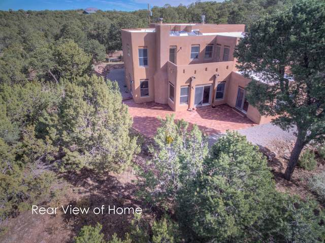31 Camino De Avila, Tijeras, NM 87059 (MLS #981471) :: The Bigelow Team / Red Fox Realty