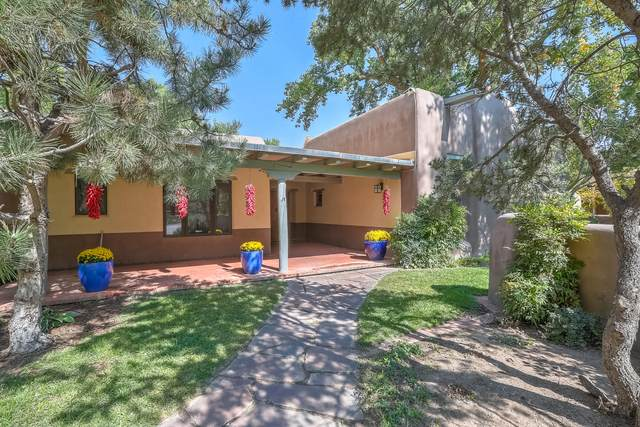 921 Guadalupe Court NW, Albuquerque, NM 87114 (MLS #981475) :: Campbell & Campbell Real Estate Services