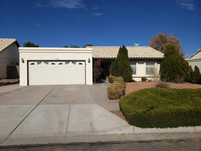 7605 Willow Wood Drive NW, Albuquerque, NM 87120 (MLS #981495) :: The Bigelow Team / Red Fox Realty